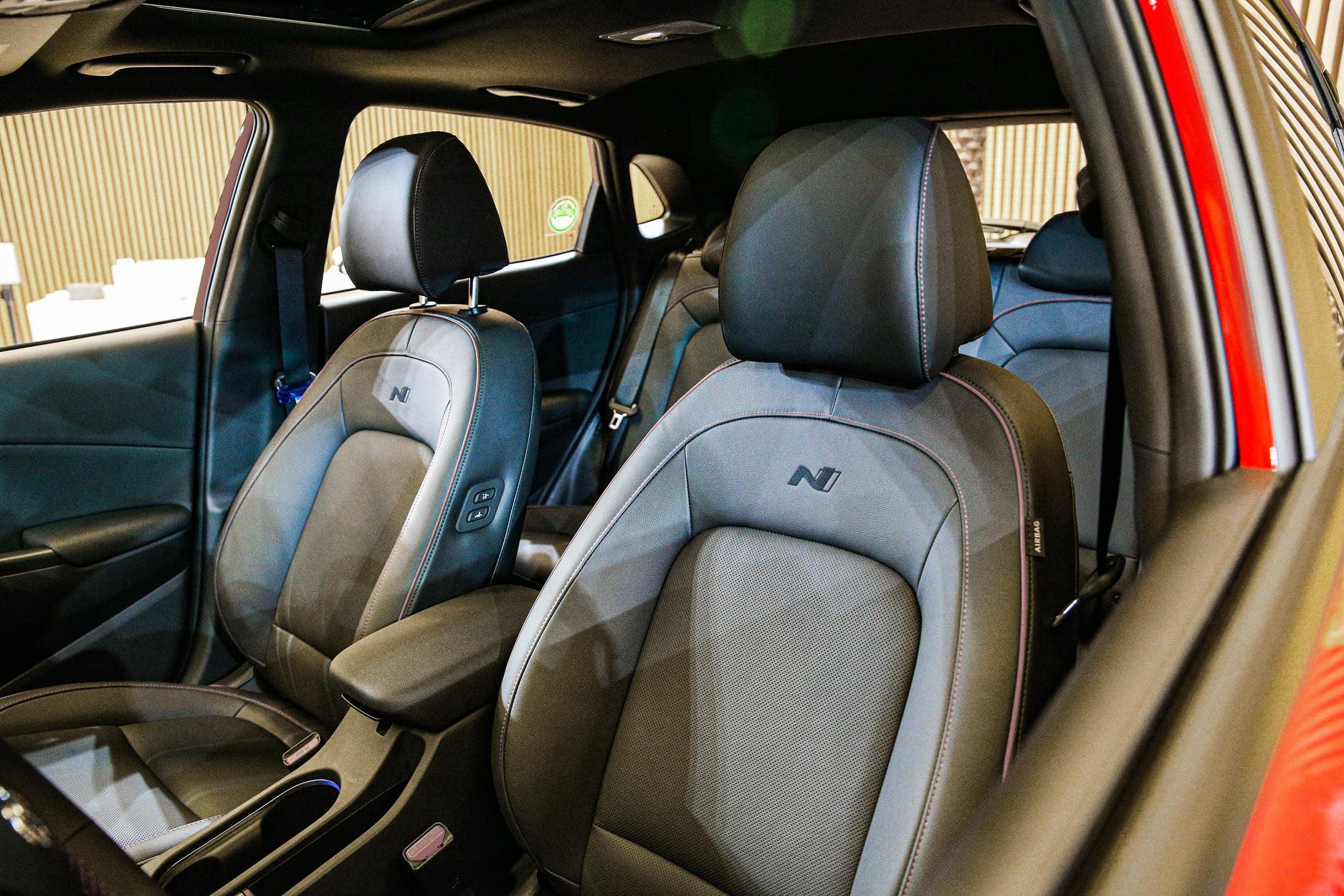 giá Hyundai Kona lăn bánh bao nhiêu