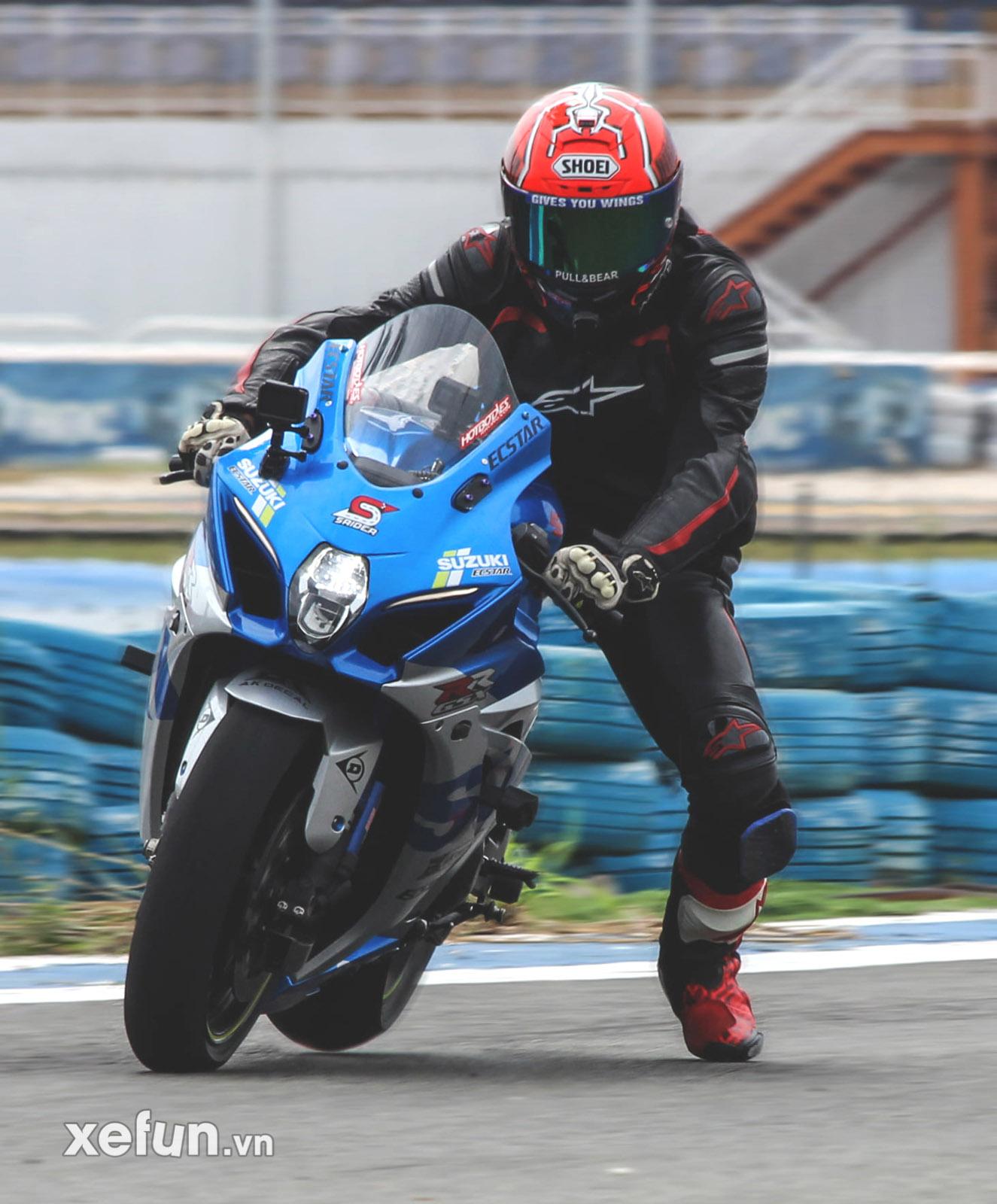 Sang bằng kỷ lục vòng chạy nhanh nhất Việt Nam xác lập trên Suzuki S1000RR_-7
