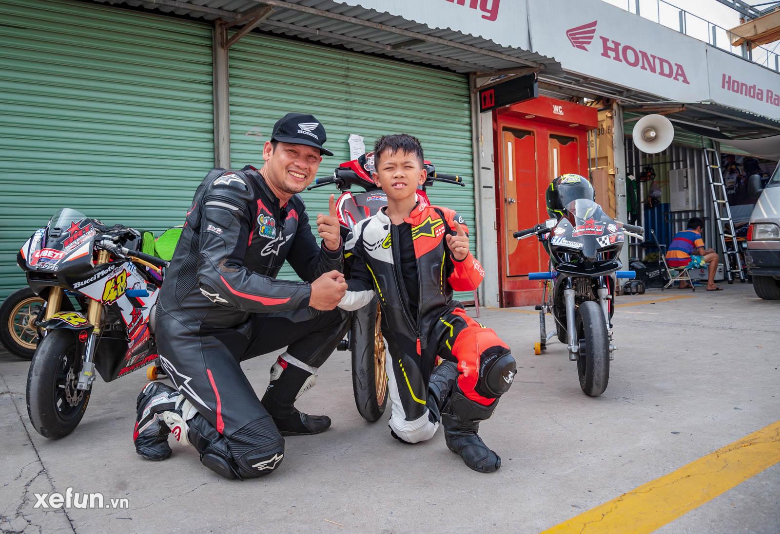 Bé Su 9 tuổi của Gia Cát Việt Tuấn cùng HLV Quân Trần Racing trên Xefun (1)54756786