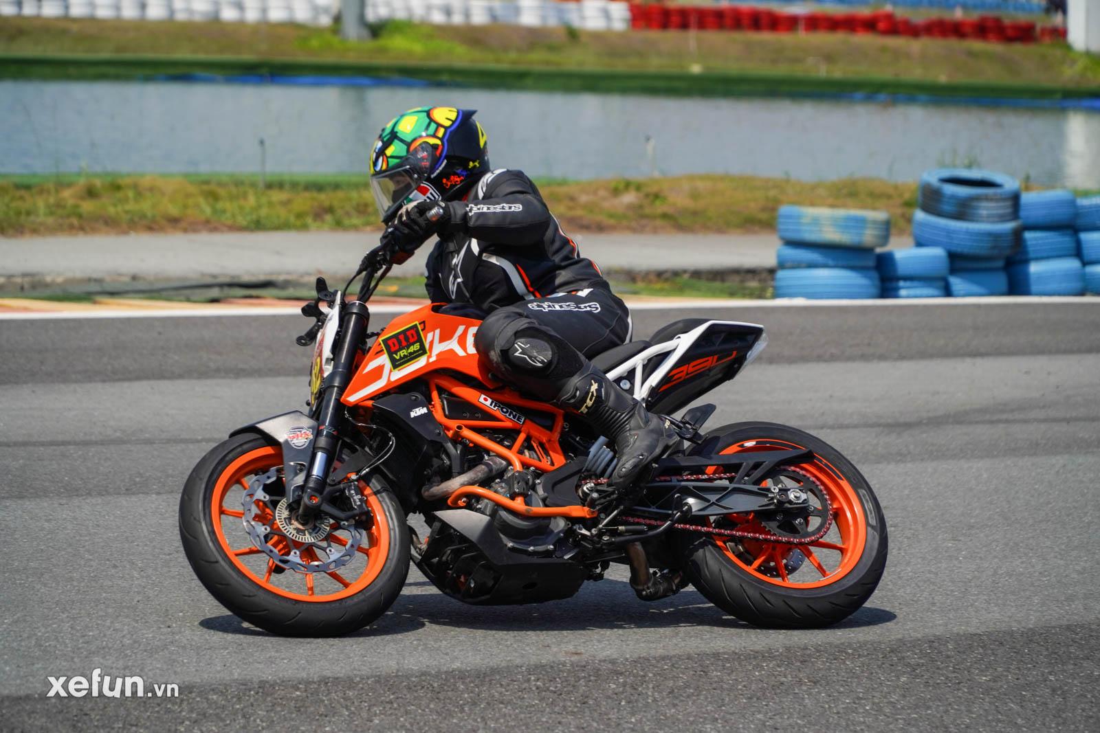 Mạch Quang Thông Reviewer tham gia giải đua 250cc 400cc DID Challenge Cup 2021 trên Xefun (14)