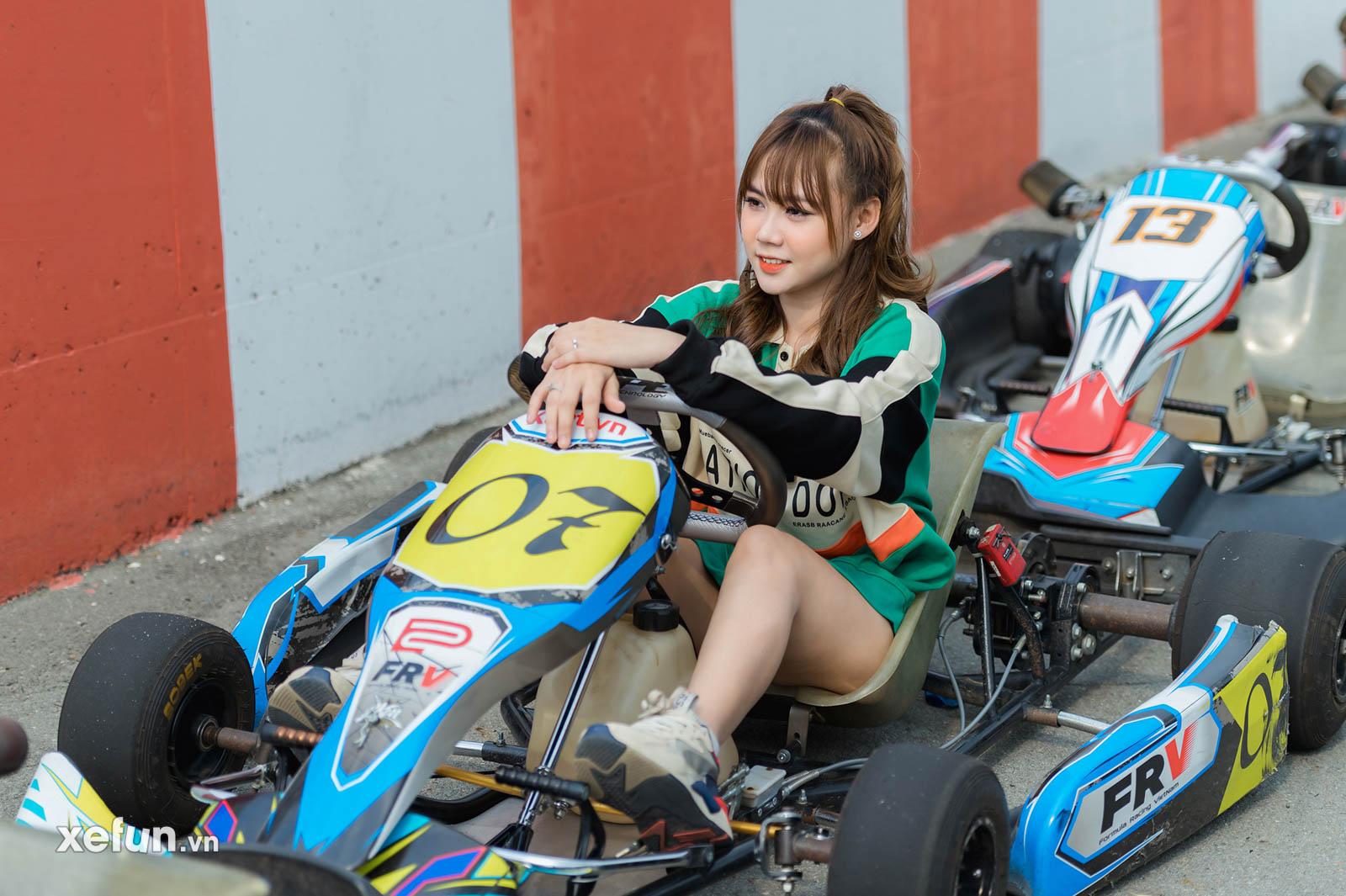 biker Minh Tú trên chiếc Suzuki GSX R1000 tại trường đua Đại Nam và hot girl Go Kart (2)354645