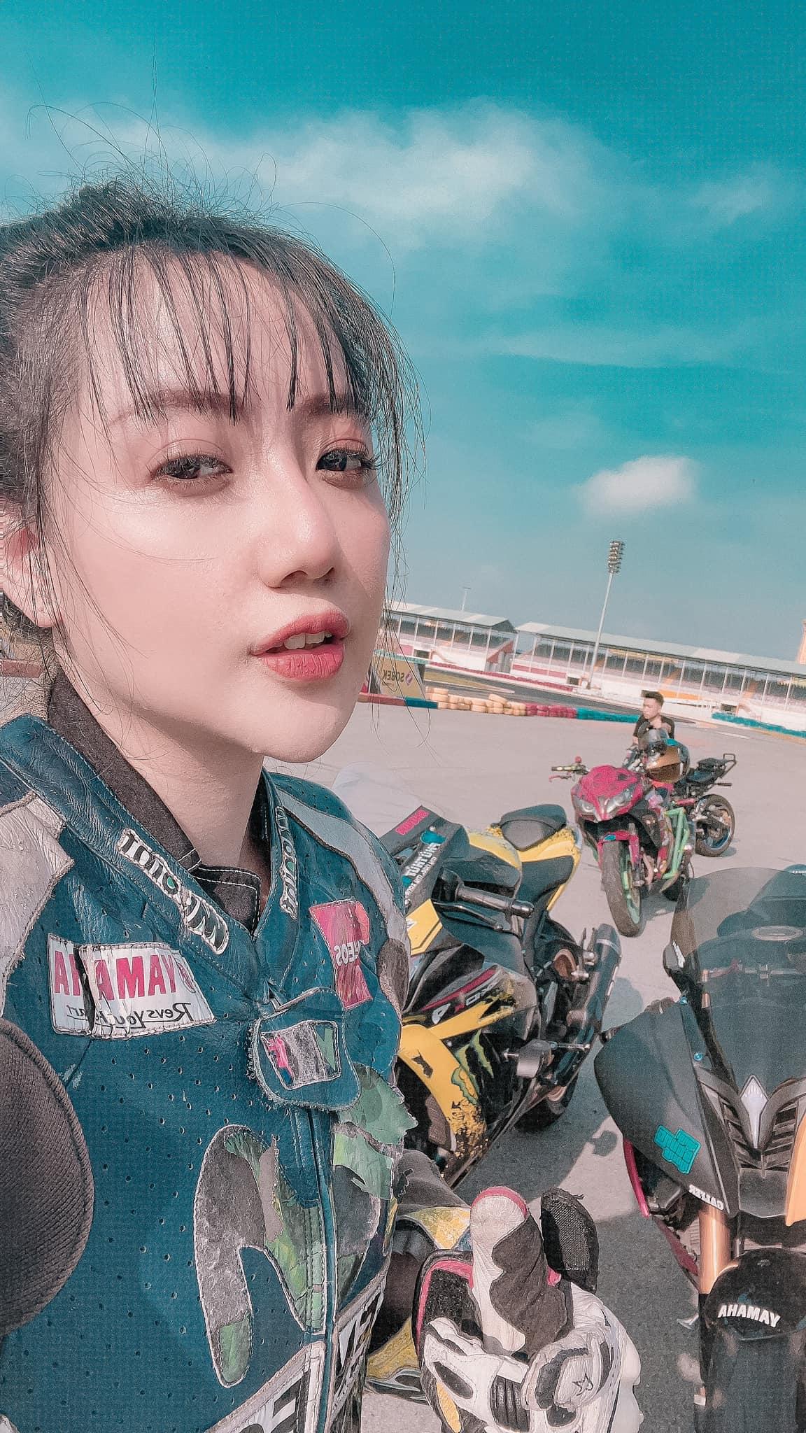 Phạm Đăng Anh Thư nổi tiếng với hit Thiên Đàng cùng rapper Wowy tham gia giải đua Awakening Road 2021 45y56