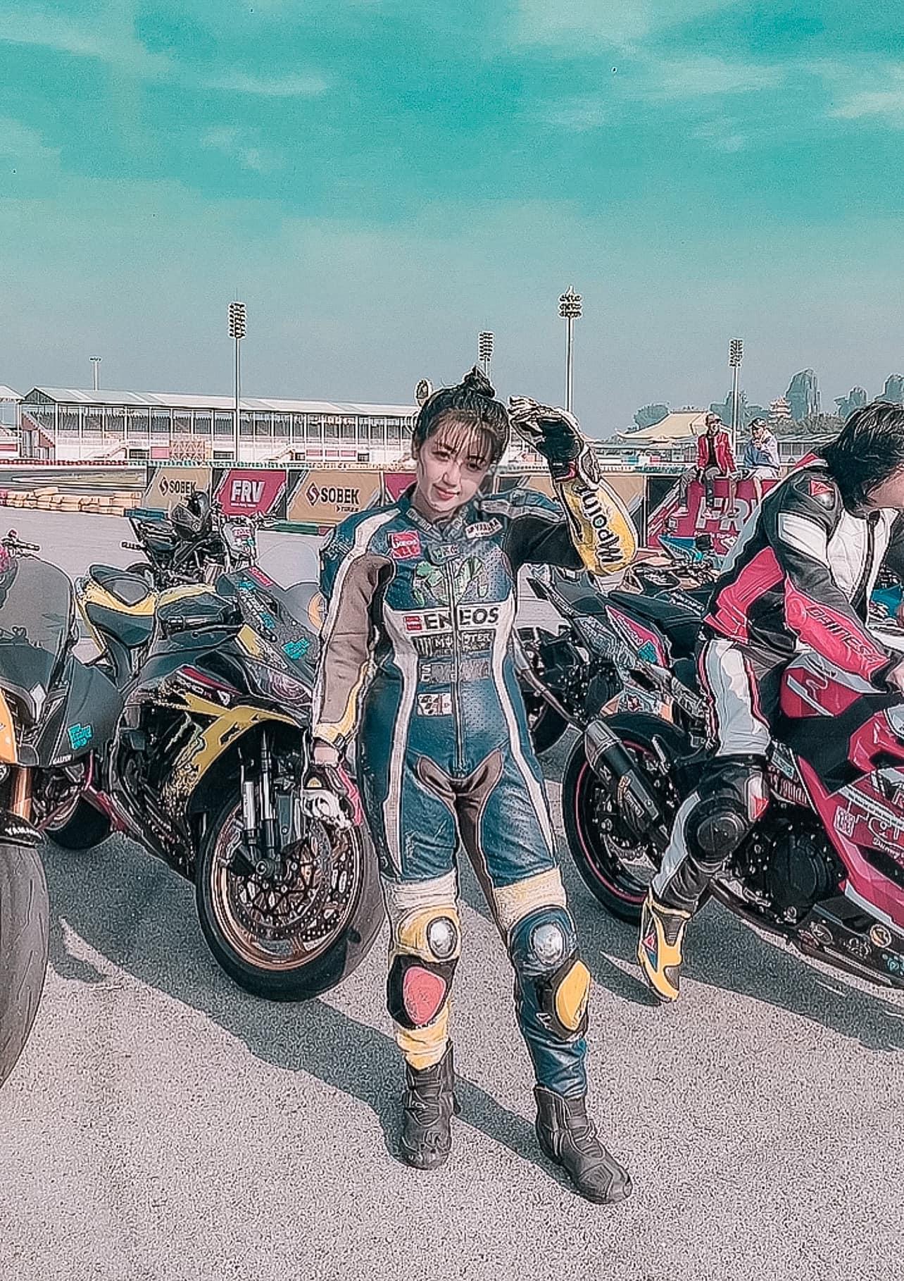 Phạm Đăng Anh Thư nổi tiếng với hit Thiên Đàng cùng rapper Wowy tham gia giải đua Awakening Road 2021 3465