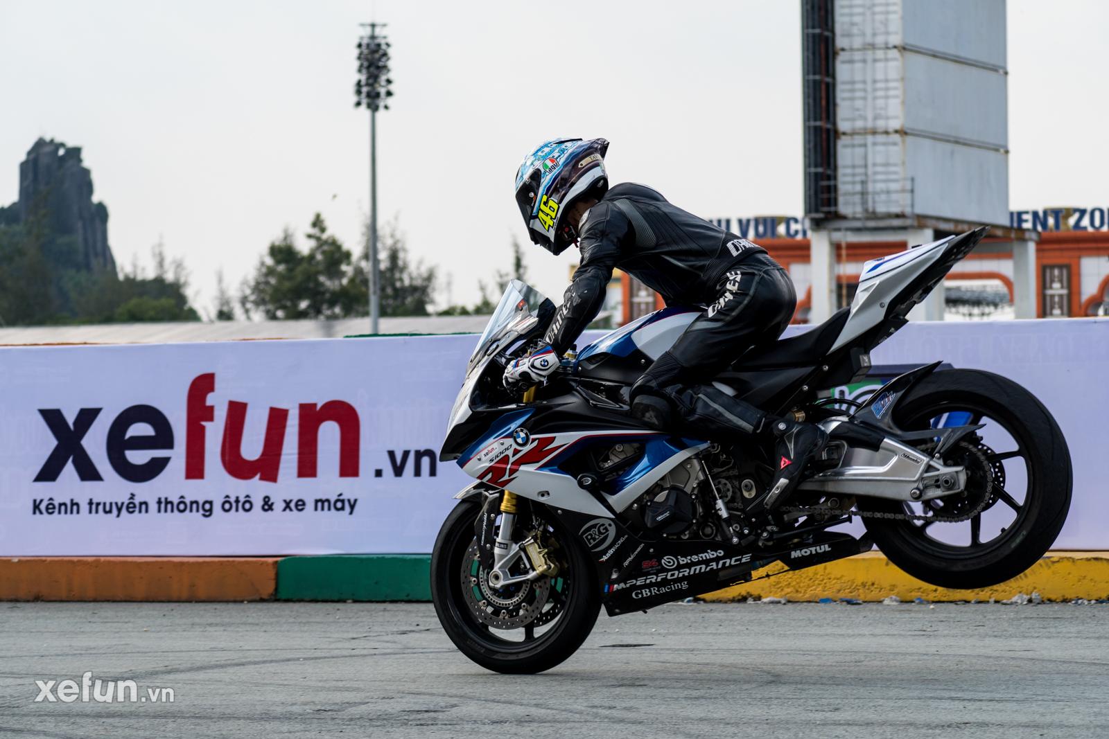 Các tay đua nài xe phân khối lớn PKL BMW S1000RR Ducati Monster Kawasaki Ninja ZX10R tại Trường đua Đại Nam trên Xefun (101)23354