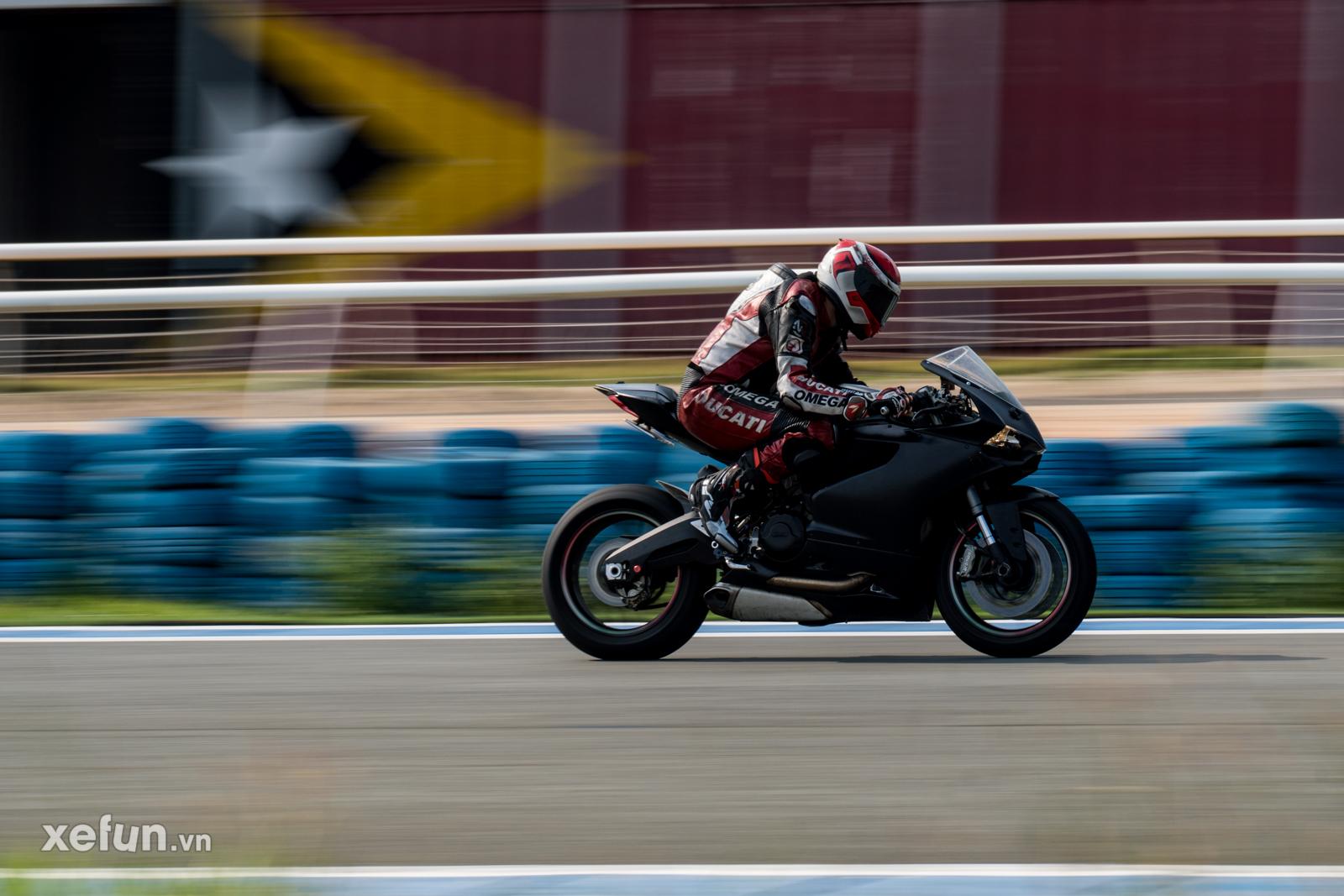 Các tay đua nài xe phân khối lớn PKL BMW S1000RR Ducati Monster Kawasaki Ninja ZX10R tại Trường đua Đại Nam trên Xefun (119)3546