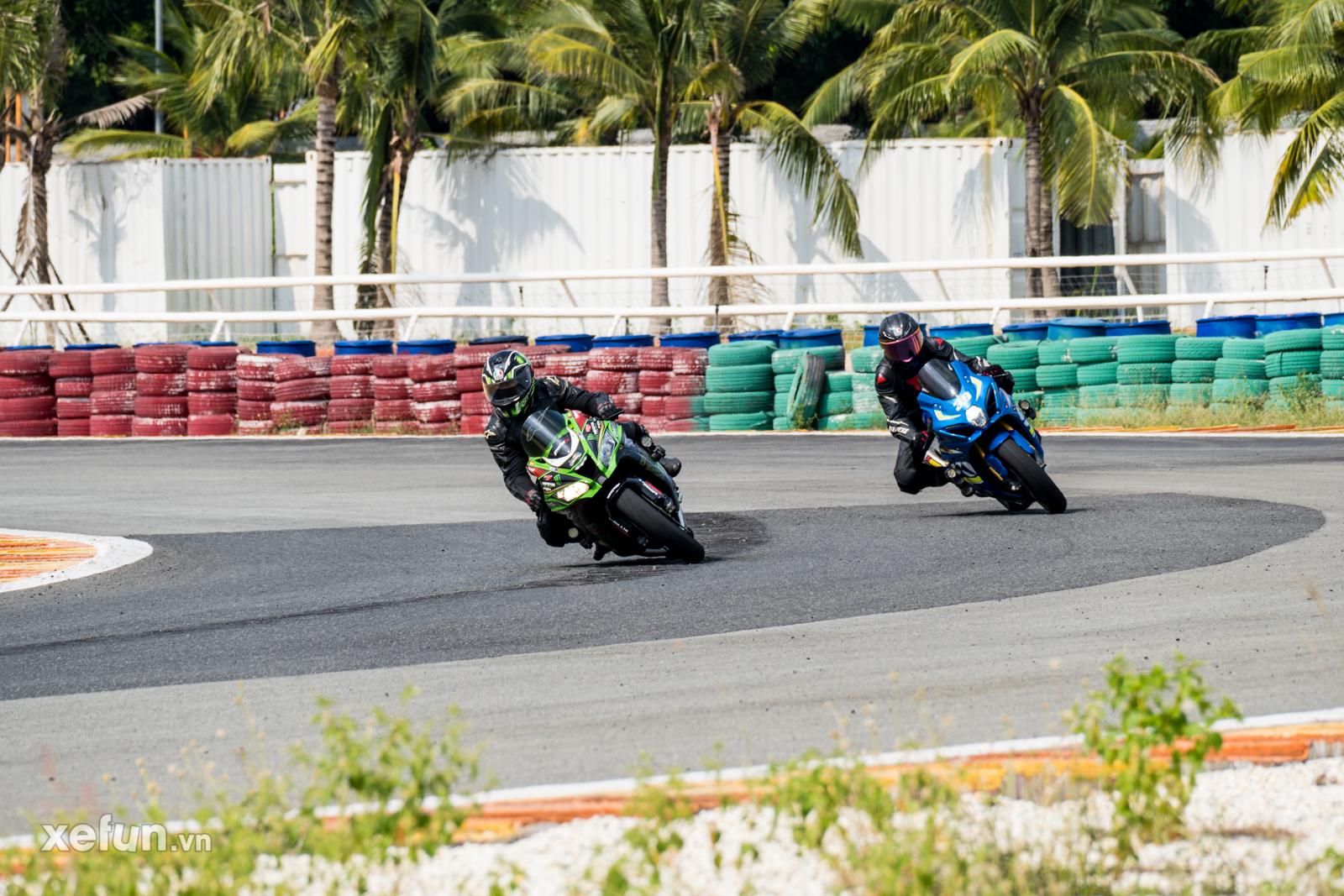 Các tay đua nài xe phân khối lớn PKL BMW S1000RR Ducati Monster Kawasaki Ninja ZX10R tại Trường đua Đại Nam trên Xefun (1)435465