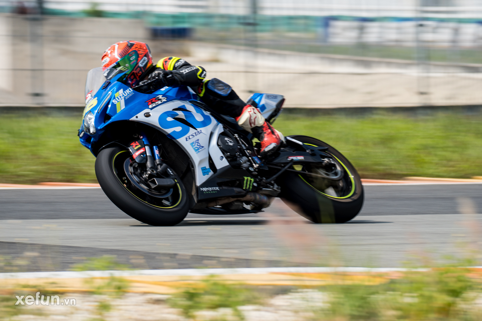 Các tay đua nài xe phân khối lớn PKL BMW S1000RR Ducati Monster Kawasaki Ninja ZX10R tại Trường đua Đại Nam trên Xefun (1)3546