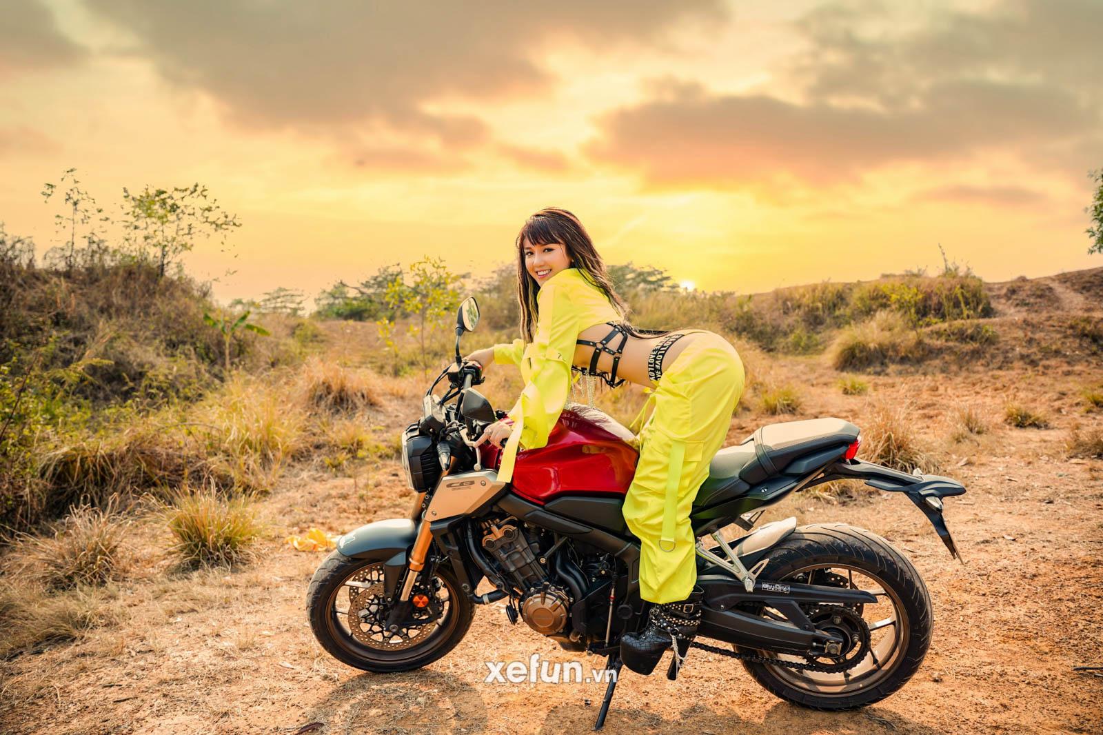 Cực sốc với bộ ảnh táo bạo của hot girl Triệu An bên chiến binh Honda CB650R trên Xefun (2)3454