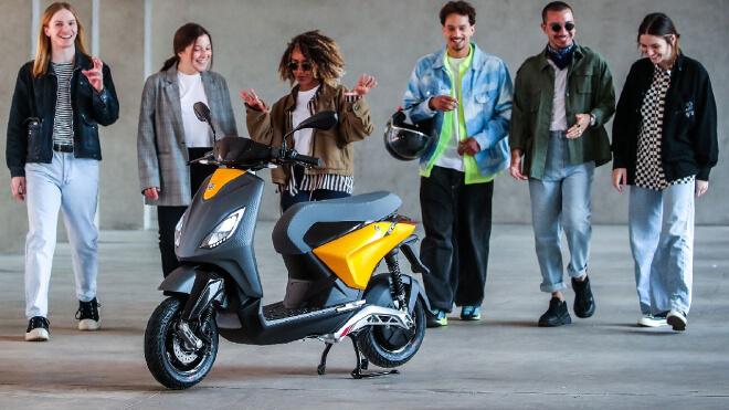 Piaggio-One-Xefunvn chiếc xe điện dành cho giới trẻ