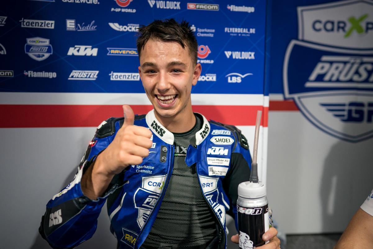 Tay đua Jason Dupasquier qua đời trong Moto3 vòng loại thứ 2 tại Ý Xefun 13 23
