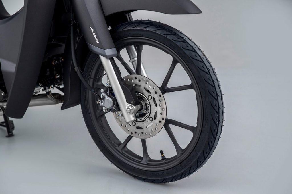 Honda Super Cub 125 2022 ra mắt: tinh chỉnh động cơ, nâng cấp hệ thống treo, bổ sung phanh ABS
