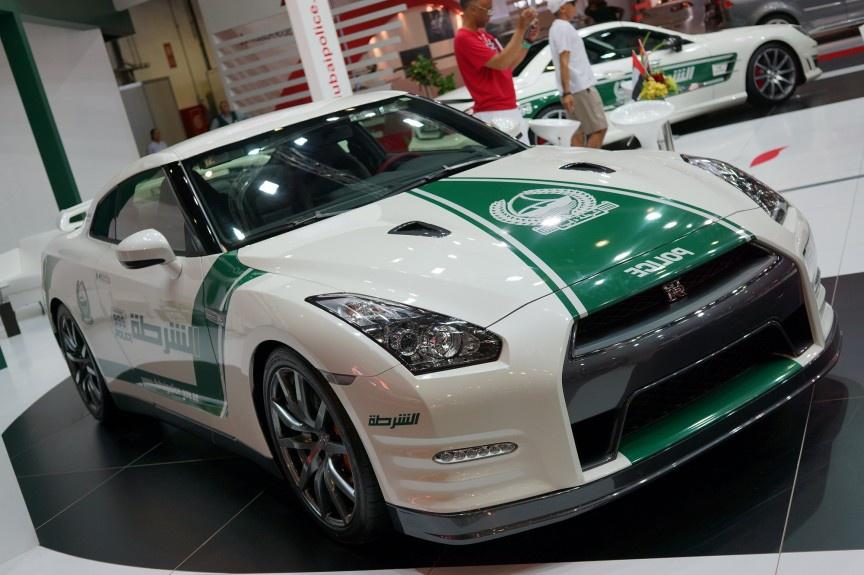 CSGT Những mẫu xe đắt giá nào được trang bị cho Cảnh sát giao thông 35