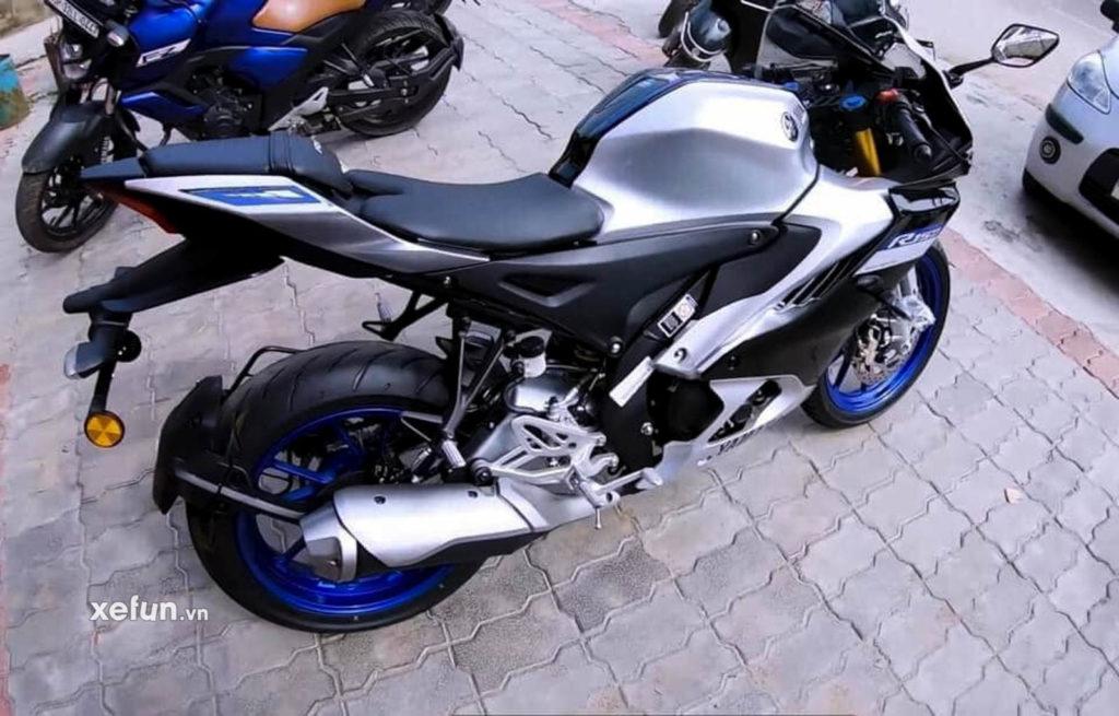 Cận cảnh hình ảnh Yamaha R15 V4 thực tế trên tay Xefun 43554