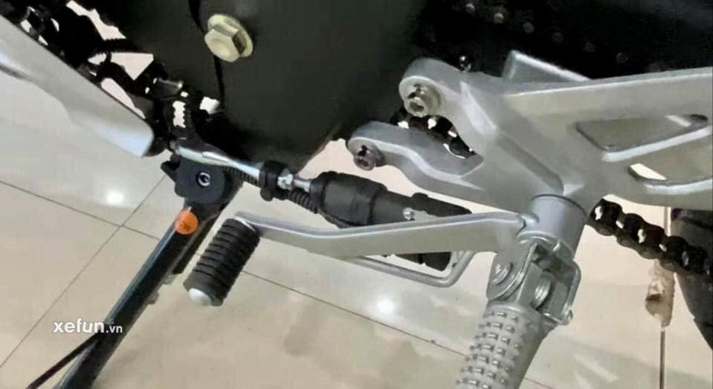 Cận cảnh hình ảnh Yamaha R15 V4 thực tế trên tay Xefun 454